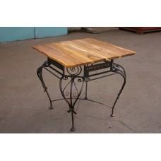 Кованый стол обеденный