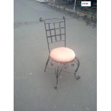 Стул кованый с круглым сиденьем